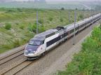 Francja: zakaz lotów krajowych do miejsc, w które można pojechać pociągiem