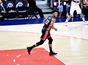 NBA: ważne zwycięstwa Heat oraz Lakers