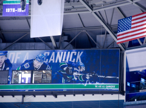 NHL: zwycięstwa Nashville Predators oraz Vancouver Canucks