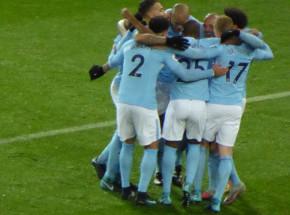 Premier League: City gromi i prowadzi w tabeli