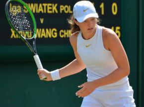 Tenis - WTA Dubaj: pewne zwycięstwo Świątek w II rundzie
