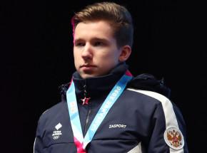 Łyżwiarstwo figurowe: mistrz świata juniorów po operacji