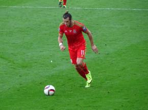 Piłka nożna - el. MŚ: Walia zwycięża z Czechami