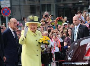 Elżbieta II i książę Filip zaszczepieni przeciwko COVID-19