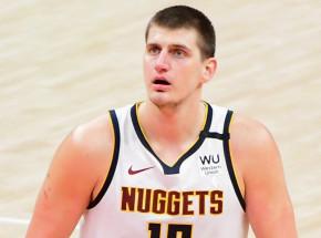NBA: Suns lepsi od Clippers, świetny mecz Jokica