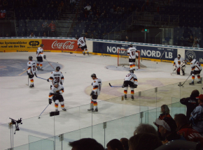 Hokej - MŚ: Niemcy i Kanada meldują się w 1/4 finału!