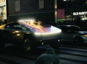 Cybertruck sam w Nowym Jorku. Auto pojawiło się na Manhattanie
