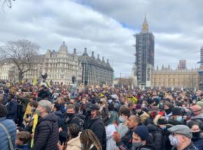 Londyn: protest przeciwko ustawie mającej na celu zapobieganie demonstracjom
