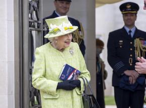 Elżbieta II wróciła do pełnienia obowiązków po śmierci męża