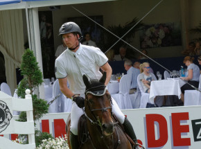 Jeździectwo - skoki: Felix Hassmann zwycięża w Grand Prix