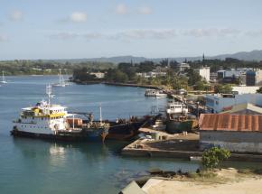 Vanuatu: wprowadzono zakaz podróżowania po odnalezieniu ciała osoby chorej na COVID-19