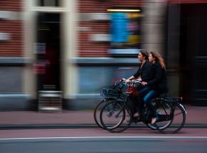 Bristol: trwają testy sygnalizacji świetlnej, która ma zwiększyć bezpieczeństwo rowerzystów