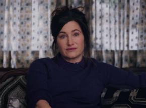 """Kathryn Hahn dołącza do obsady kontynuacji """"Na noże"""""""