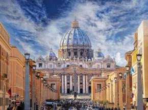 Watykan został pozwany za kradzież własności intelektualnej