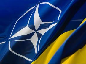 Ukraiński ambasador w Niemczech mówi o uzyskaniu statusu jądrowego