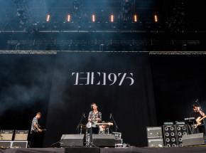 Zespół The 1975 odwołuje swoją trasę koncertową, zaplanowaną na 2021 rok