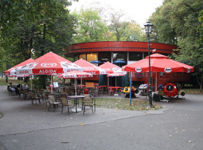 """Kraków: czy """"okrąglak"""" z Parku Jordana czeka rozbiórka?"""