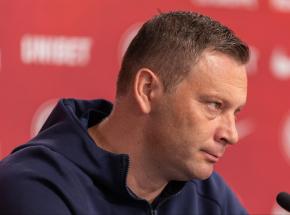 Bundesliga: klub Krzysztofa Piątka z nowym trenerem