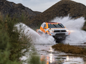 Rajd Dakar: Giniel de Villiers zwycięzcą 5. etapu Rajdu Dakar