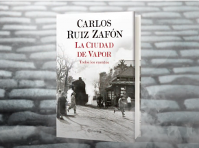 """""""Miasto z mgły"""" - ostatnie, pośmiertne dzieło hiszpańskiego pisarza Carlosa Ruiza Zafóna"""