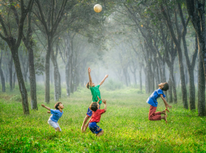 Wpływ ćwiczeń fizycznych w dzieciństwie na funkcje poznawcze