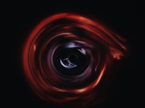 Miękkie włosy czarnych dziur