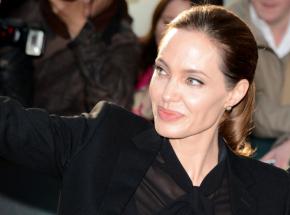 Angelina Jolie wystawia na aukcję słynny obraz Winstona Churchilla