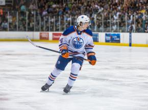 NHL: wysoka porażka Oilers, Vegas ograli Wild