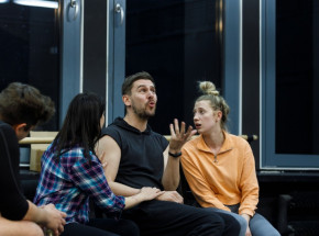 """Premiera w Teatrze Muzycznym w Toruniu: """"Friends – the musical parody"""""""