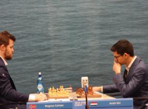 Szachy: kolejny dzień bez wygranej Polaków w Tata Steel Chess