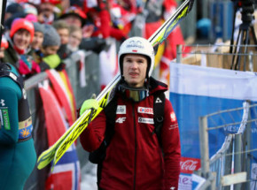 Skoki narciarskie - PŚ: zwycięstwo Kobayashiego, Stękała drugi!