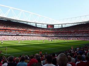 Premier League: zacięte starcie na Emirates Stadium dla Evertonu