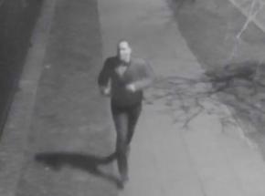 Warszawa: trwają poszukiwana mężczyzny, który kilkukrotnie ranił kobietę nożem
