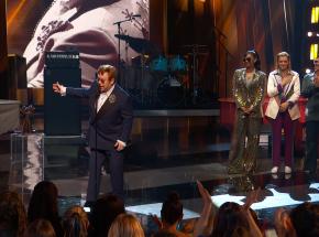 Elton John z nagrodą Icon Award od iHeartRadio