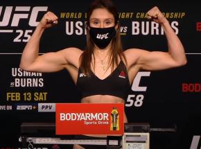 UFC 258: Alexa Grasso pokonuje Maycee Barber