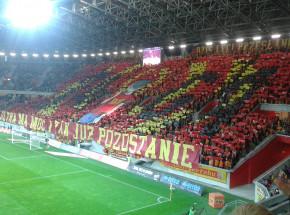 PKO Ekstraklasa: aż pięć czerwonych kartek w Białymstoku. Pogoń minimalnie wygrała z Jagiellonią