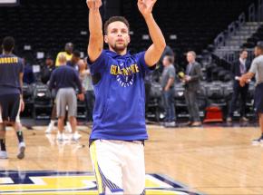 NBA: Nets w końcu z wygraną, Curry drugi w historii
