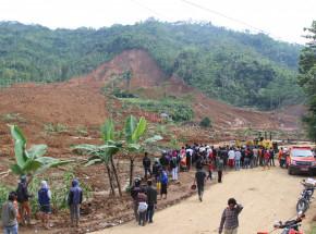 Indonezja: co najmniej 11 osób zginęło pod osuwiskiem