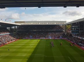 Puchar Anglii: pewne zwycięstwo Liverpoolu na Villa Park