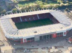 Premier League: zwycięstwo Arsenalu na St.Mary's Stadium
