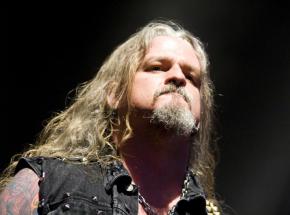 Lider Iced Earth przyznał się do zarzutów, za które grozi do 30 lat więzienia