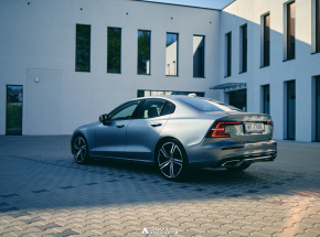 Volvo S60 T5 R Design [TEST]