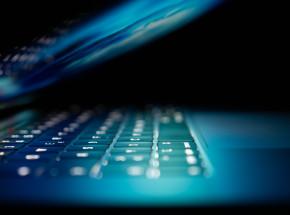 Stuxnet - broń cyfrowa