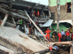 Indie: co najmniej 11 zabitych i 7 rannych po zawaleniu się budynku w Bombaju