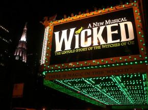 """Jon M. Chu reżyserem """"Wicked"""""""