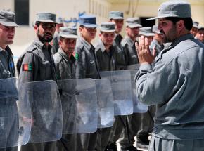 Afganistan: kilkunastu milicjantów zabitych przez kolegów
