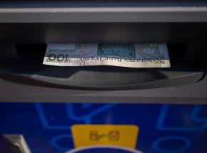 Wielkopolskie: aresztowano podejrzanych sprawców wysadzenia sześciu bankomatów