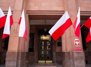 Warszawa wydala trzech rosyjskich dyplomatów
