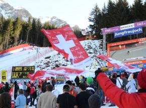 Narciarstwo alpejskie - PŚ: ostatni zjazd odwołany. Goggia i Feuz z trofeum!