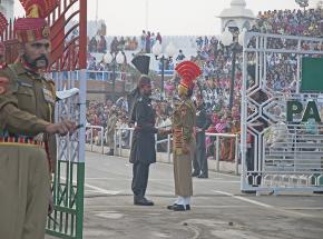 Indie i Pakistan zgodziły się na przestrzeganie zawieszenia broni w Kaszmirze